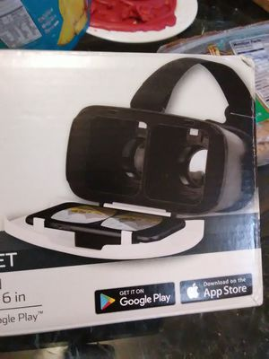 Virtual reality headset for Sale in Washington, DC