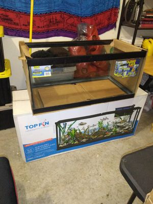 40 gal fish tank never ever used for Sale in Fairfax, VA