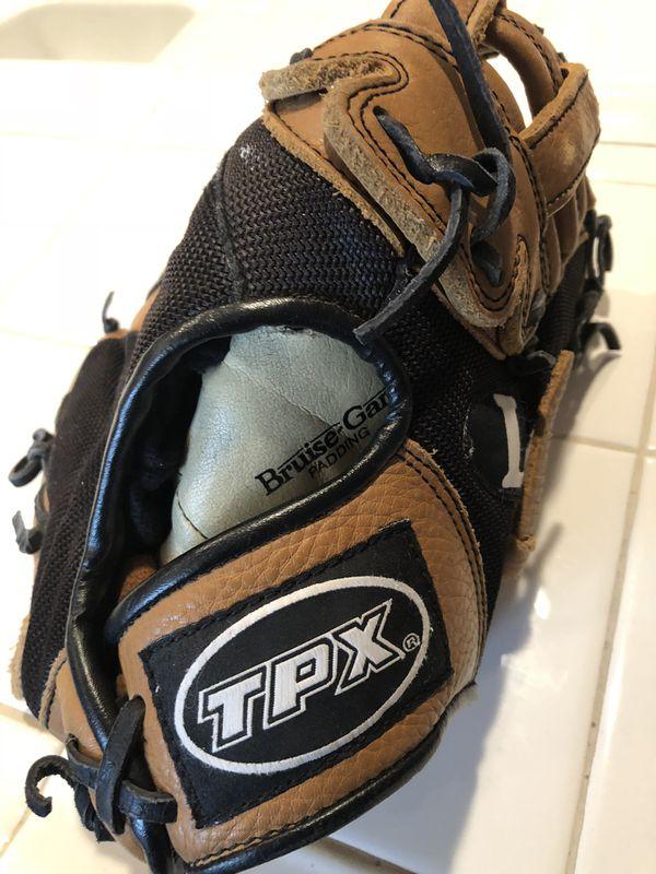 06e61ff263c0 Baseball gloves for Sale in Wildomar