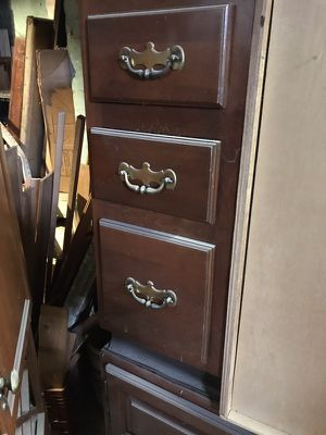 Cherry Kraftmaid floor cabinet , 3 drawer , 12x30x24 for Sale in Cleveland, OH