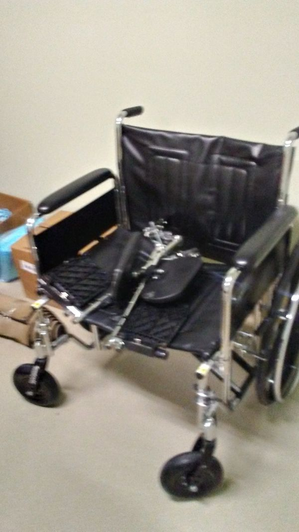 Wheelchair (HEAVY DUTY for Sale in Lithonia, GA - OfferUp