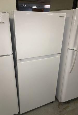 Samsung refrigerator for Sale in Dallas, TX