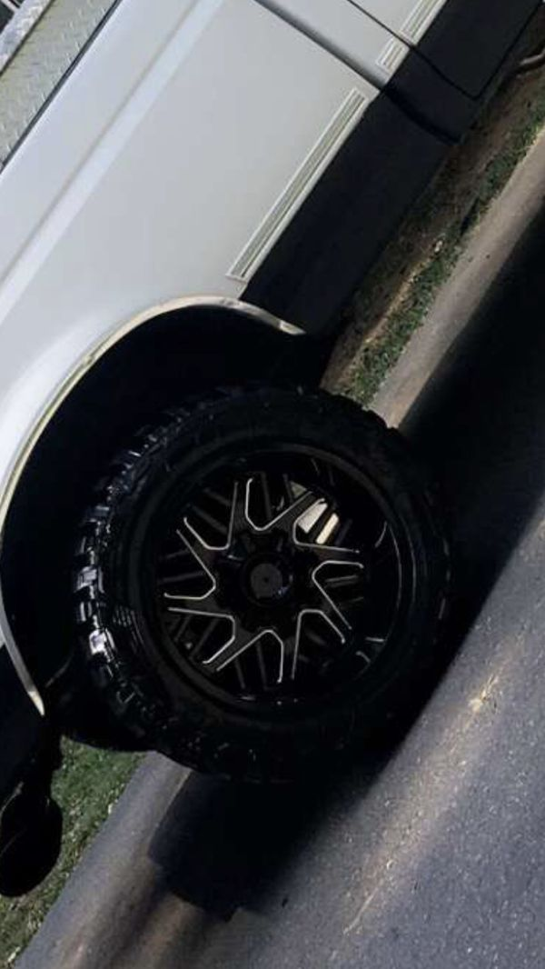 Jeep Wrangler For Sale Austin >> 20/12 toxic wheels and federal MTs for Sale in Kernersville, NC - OfferUp