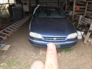 Photo 1995 Chevy lumina PARTS CAR