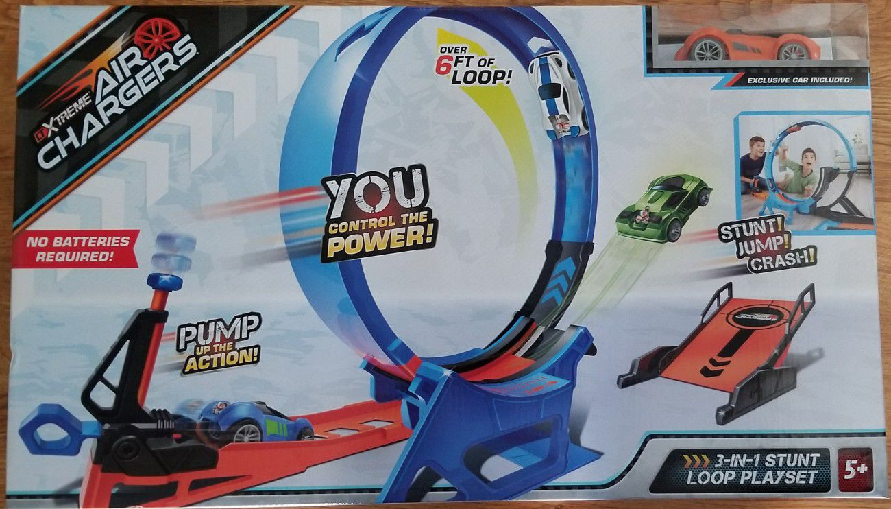 Xtreme air vehicle race car track 3 in 1 Stunt toy