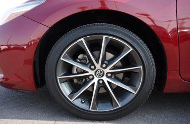 2016 Toyota Camry Thumbnail