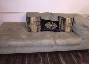 Sectional COUCH (NEED GONE TODAY) for Sale in Dale City, VA