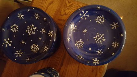 Snowflake Dishes Thumbnail