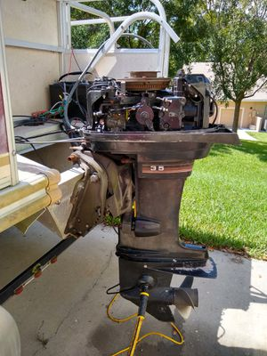 Mid 80's 35 hp Mercury with PT&Trim for Sale in Clermont, FL