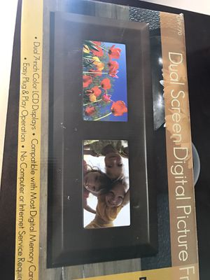 Dual screen digital picture frame for Sale in Scottsdale, AZ