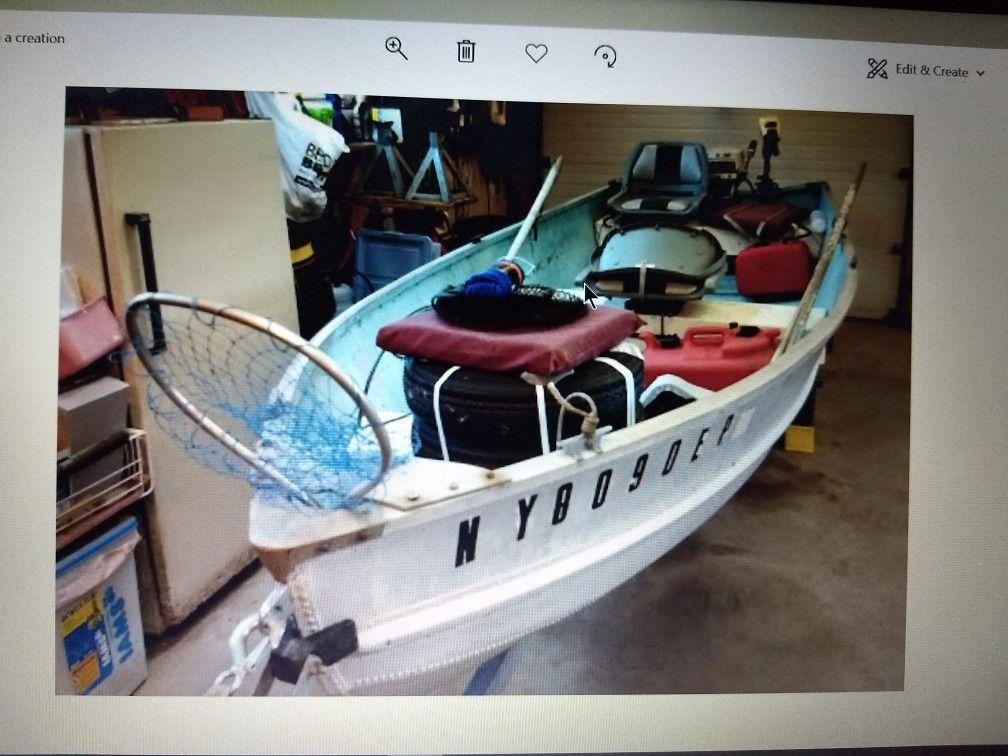 Photo 14 ft Aluminum Boat