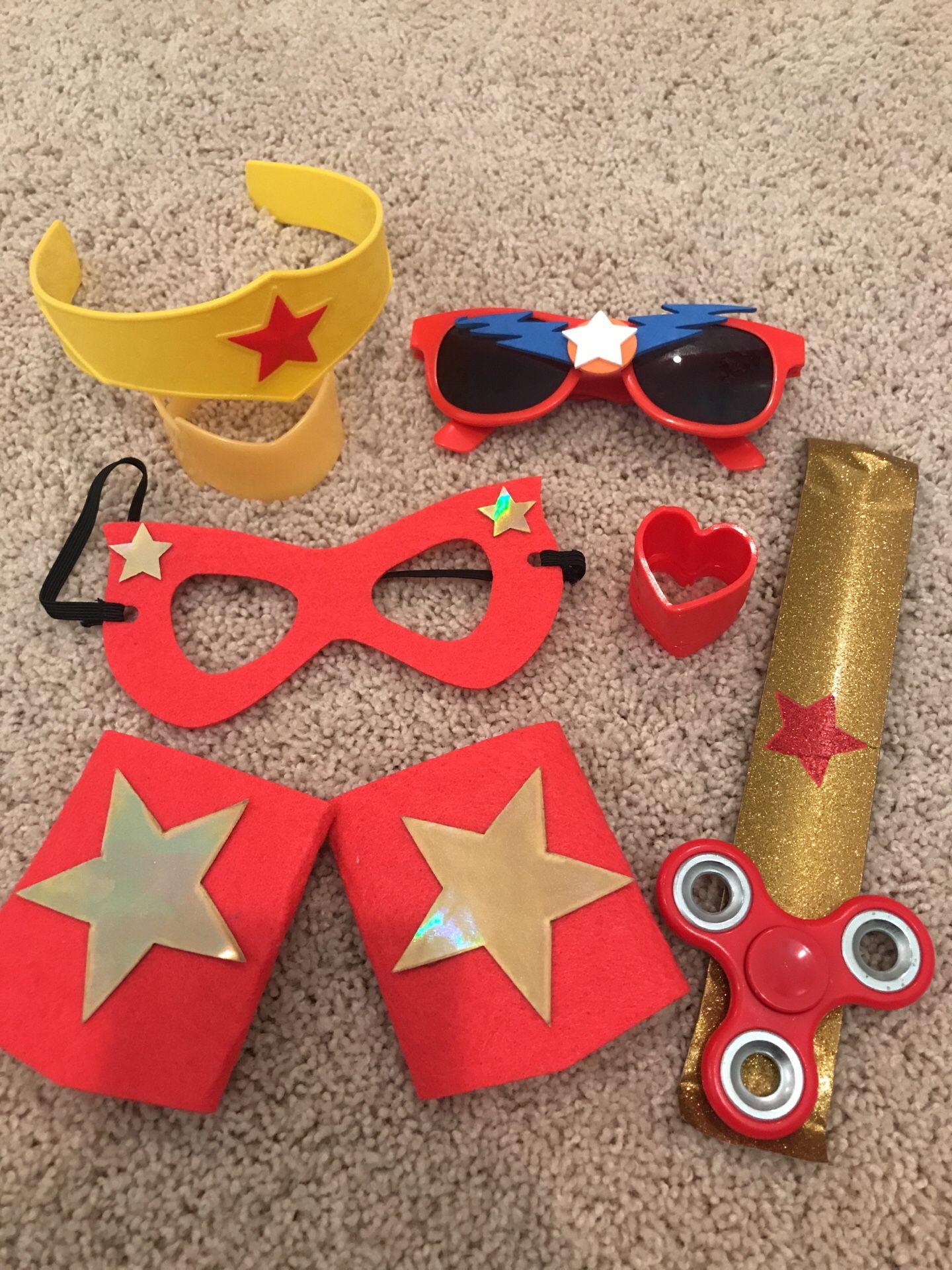 Superhero misc items