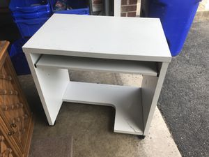 White IKEA computer desk for Sale in Silver Spring, MD