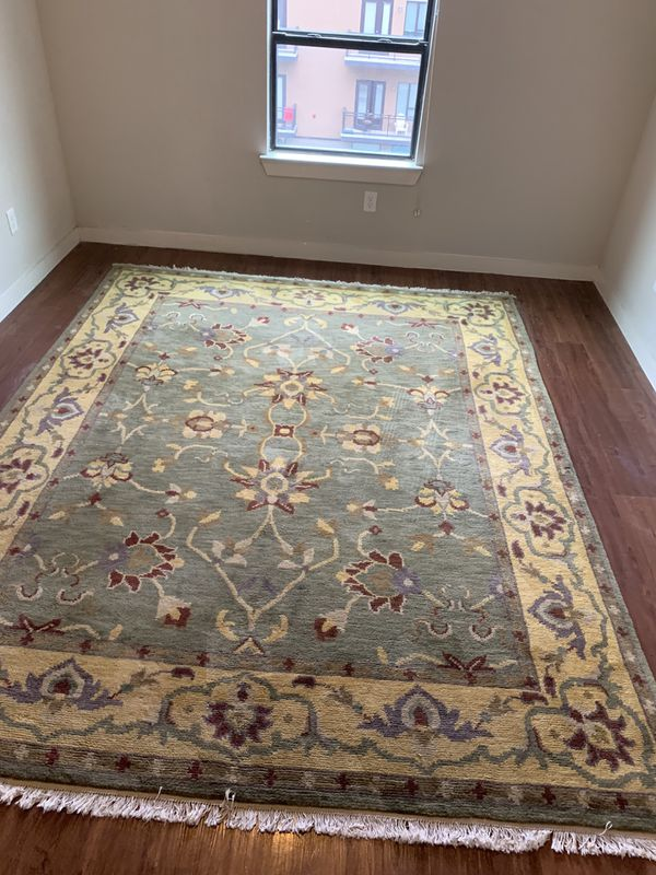Pottery Barn Wool Rug 8 X10 For Sale In San Antonio Tx