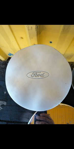 3 Ford Taurus oem factory center caps part number #fdc-1a096-aa for Sale in Lakeland, FL