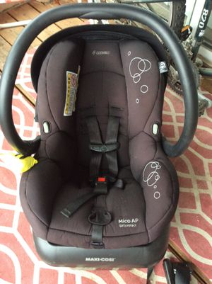 Photo Baby Car Seat And Base And Seat Belt Hookup—Maxi-Cosi micro fiber Very Good Condition