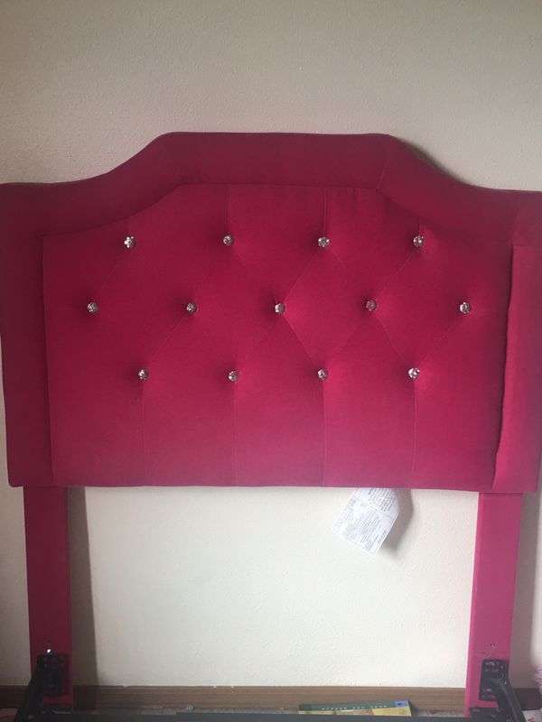 Twin Size Headboard W Matching Curtains And Metal Frame