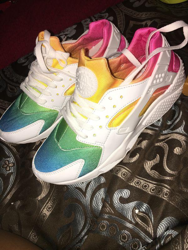 Rainbow huaraches shoes for Sale in Savannah 3ddbb2f06
