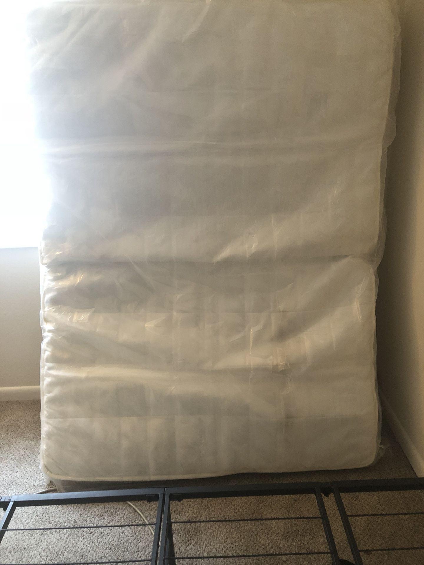 Full size mattress.