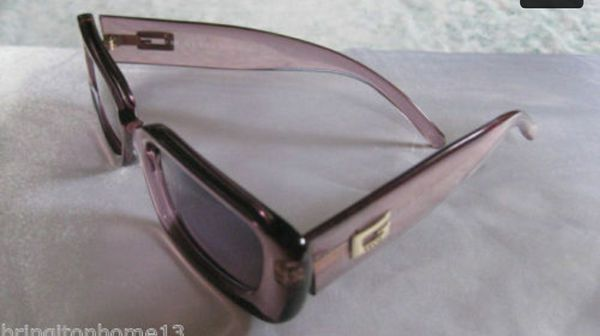 7afa4386d4e Authentic Vintage Gucci Sunglasses MADE IN ITALY 135 GG 2409 N S T1U 49 19  OPTYL for Sale in Anaheim