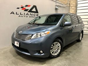 2015 TOYOTA SIENNA FULLY LOADED WITH ENTERTAINMENT SYSTEM! for Sale in Ashburn, VA
