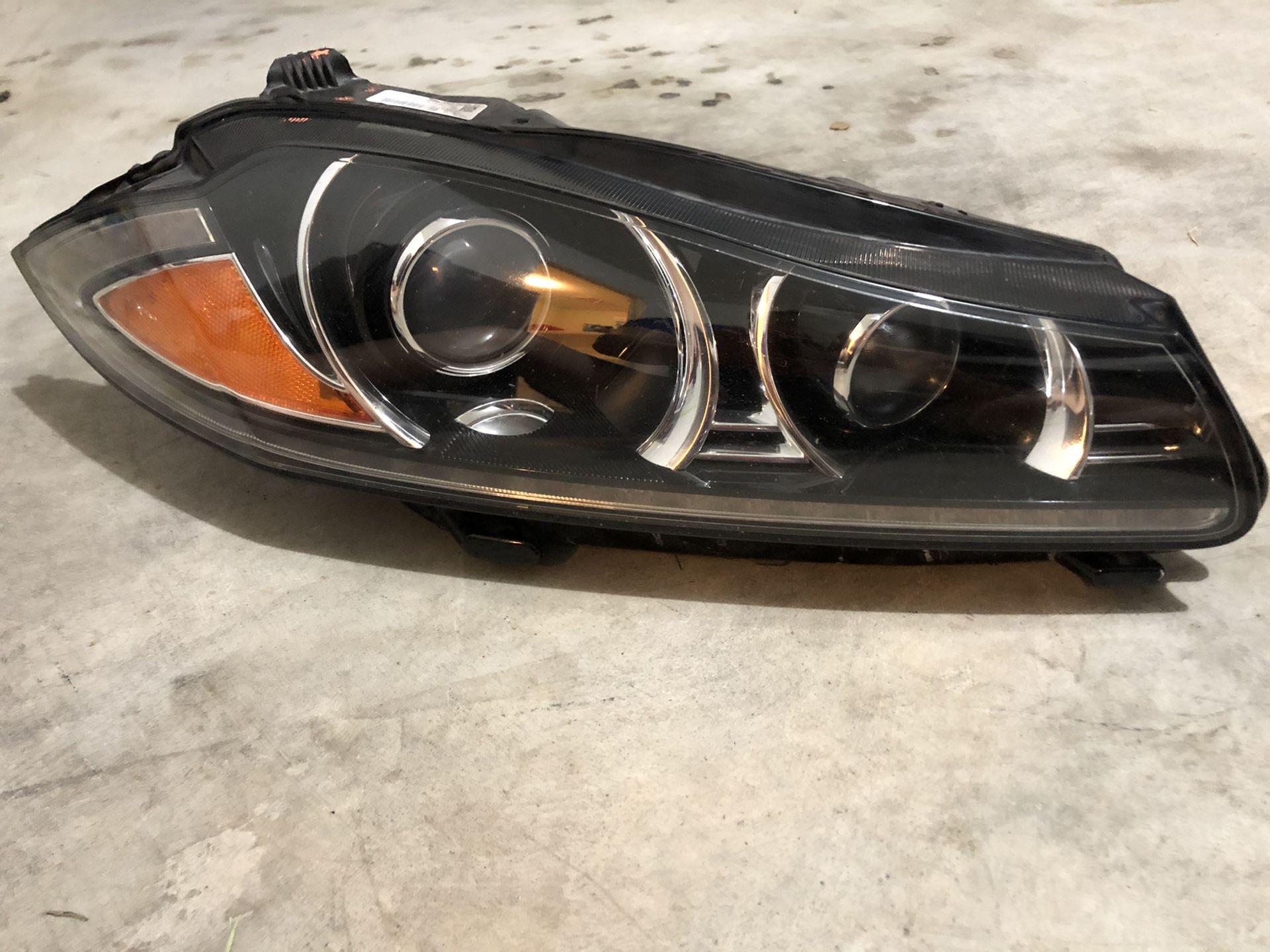 Jaguar XJ HEADLIGHT
