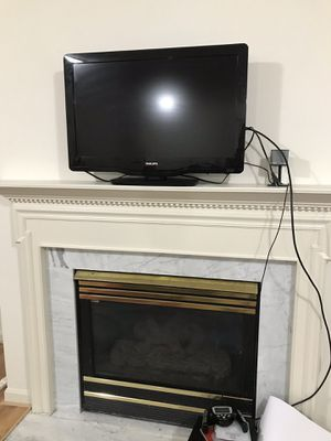 "32"" Flat Screen Phillips TV Black for Sale in Silver Spring, MD"