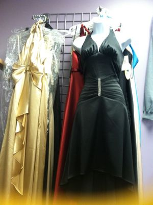 Vintage dress for $500 or best offer for Sale in Chicago, IL
