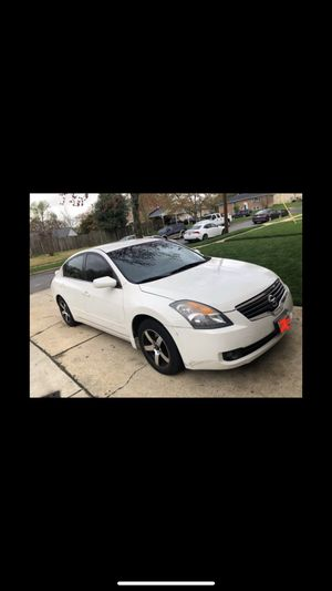Nisan Altima for Sale in Oxon Hill, MD