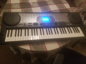 I sell keyboard in very good condition sounds very good. negotiable for Sale in Sterling, VA
