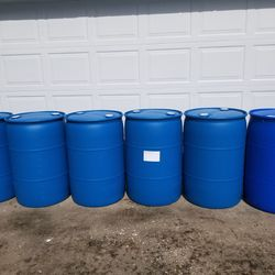 55 Gallon Barrels FOOD GRADE (PRICE IS FIRM) Thumbnail