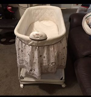 Baby bassinet for Sale in Dallas, TX