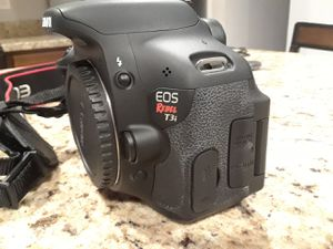 Canon EOS Rebel t3i for Sale in Rockville, MD