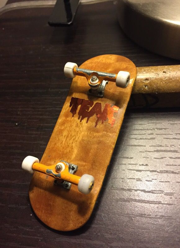 Professional fingerboard with 32mm trucks for Sale in Los Angeles, CA -  OfferUp