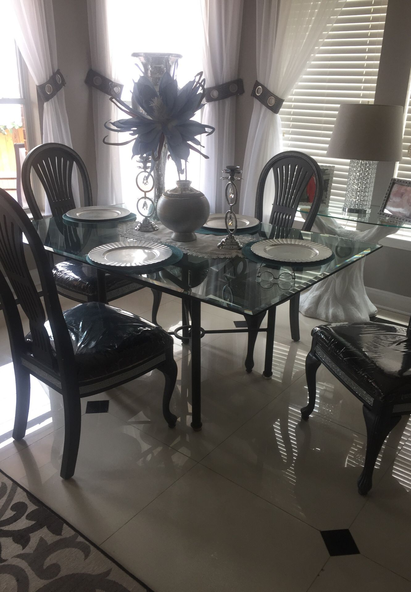 dining table 5pece