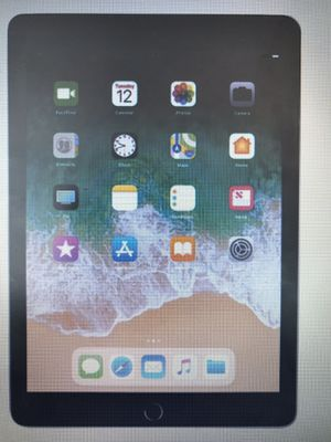 iPad brand new Sealed in Box latest generation 32GB Grey with 1 year warranty for Sale in Cary, NC