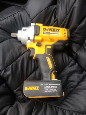 BRAND NEW DEWALT XR 20V MAX IMPACT WRENCH for Sale in Laurel, MD