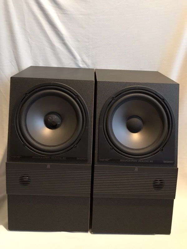 Acoustic Research AR M2 Holographic Imaging Bookshelf Speakers Pair