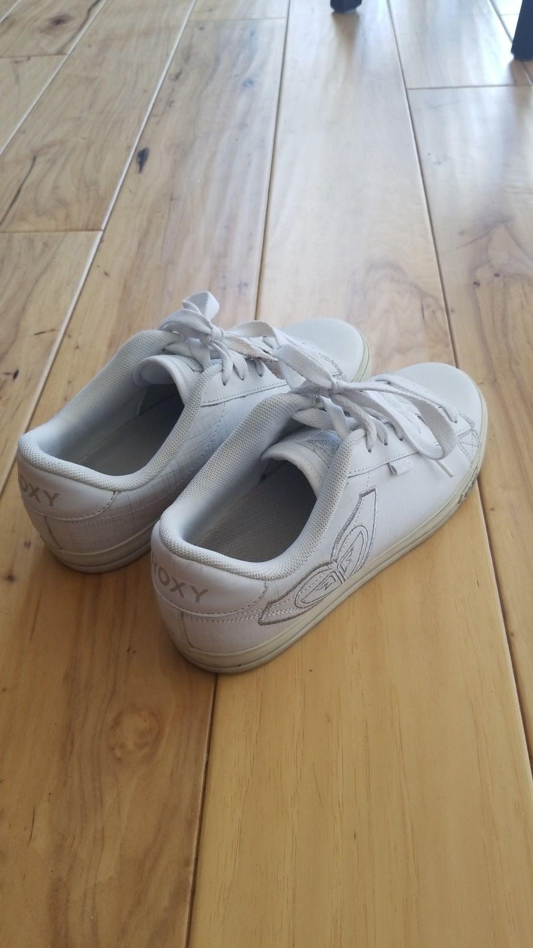 White Roxy sneakers, size 6