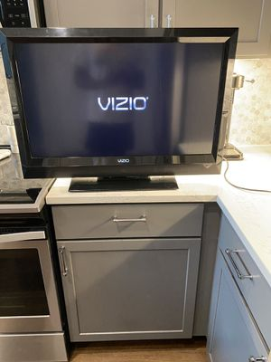 Photo 32 inch Vizio TV (Works)