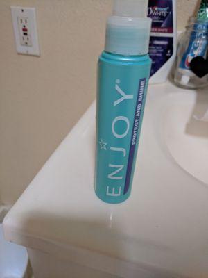 Enjoy shine spray brand new for Sale in Denver, CO