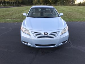 2009 Toyota Camry LE , nice paint, runs Smooth!! for Sale in Sterling, VA