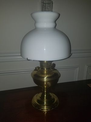 "Antique brass lamp. Aliddin made in Chicago USA. Approcimately 21"" h for Sale in Clinton, NJ"