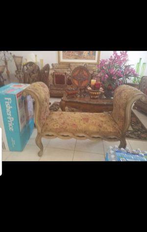 Small sofa for Sale in Miami, FL