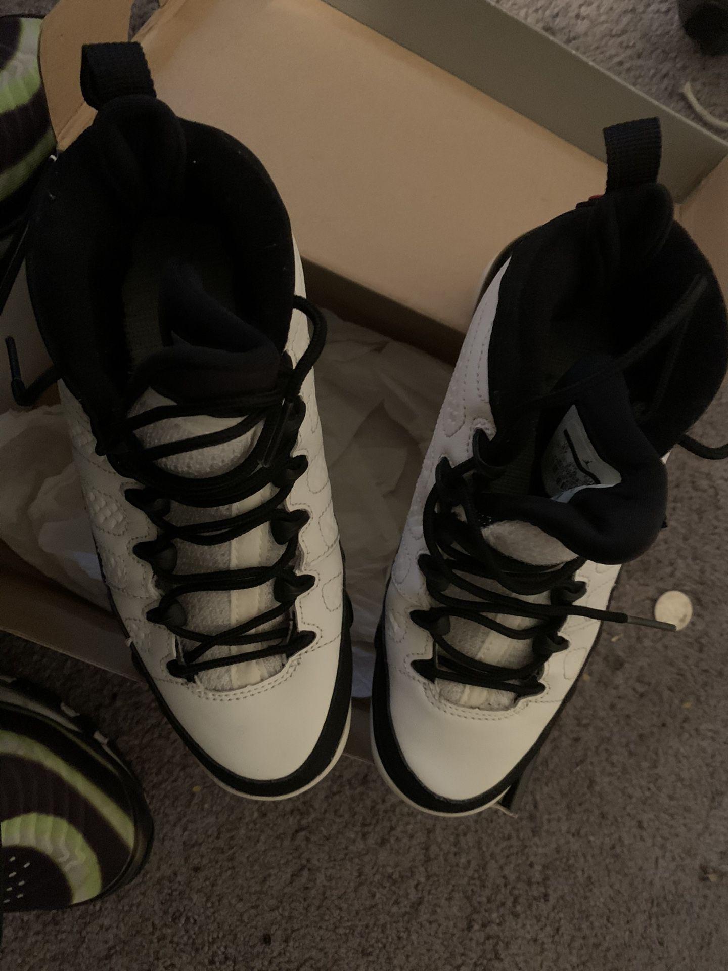 Jordan 9 4y