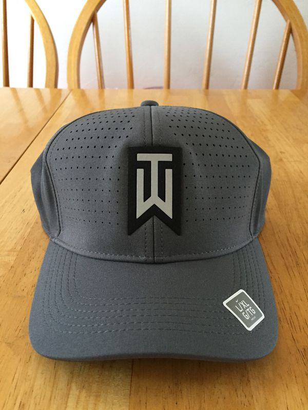 64a48216 Brand new Nike golf Tiger Woods flex fit hat fitted L/XL for Sale in ...