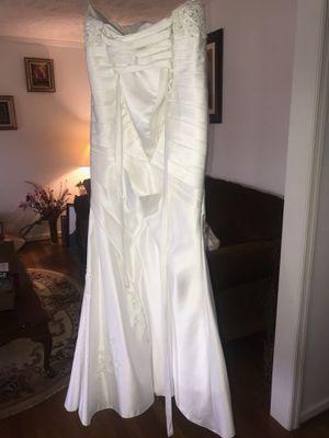 Size 4 Wedding Dress for Sale in Atlanta, GA
