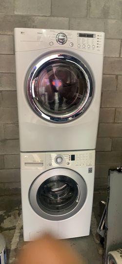 Lavadora y secadora Thumbnail