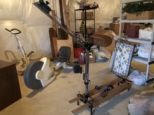 Original NordicTrak cross country ski machine, hasn't been used in years but it still works, folds up to store for Sale in Hamilton, VA