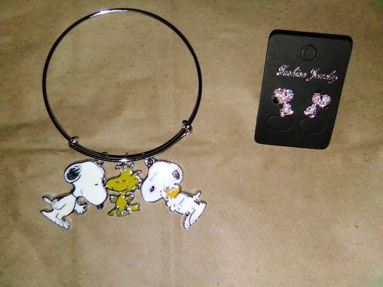 Snoopy Bracelet & earrings bundle set